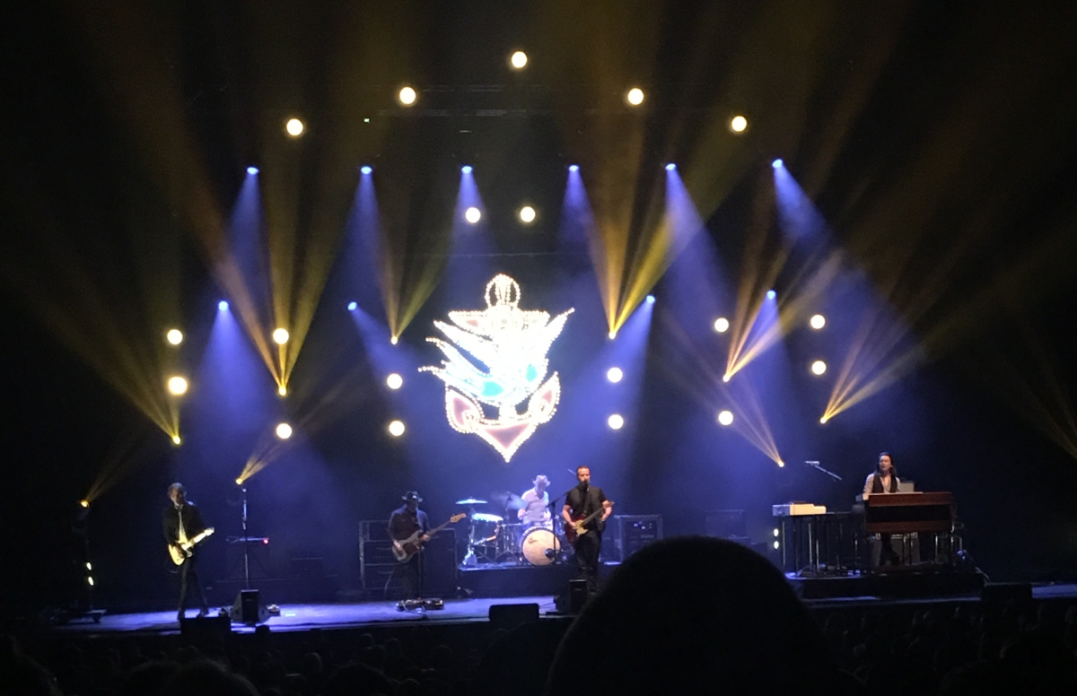 Jason Isbell Rocks the Stifel Theatre