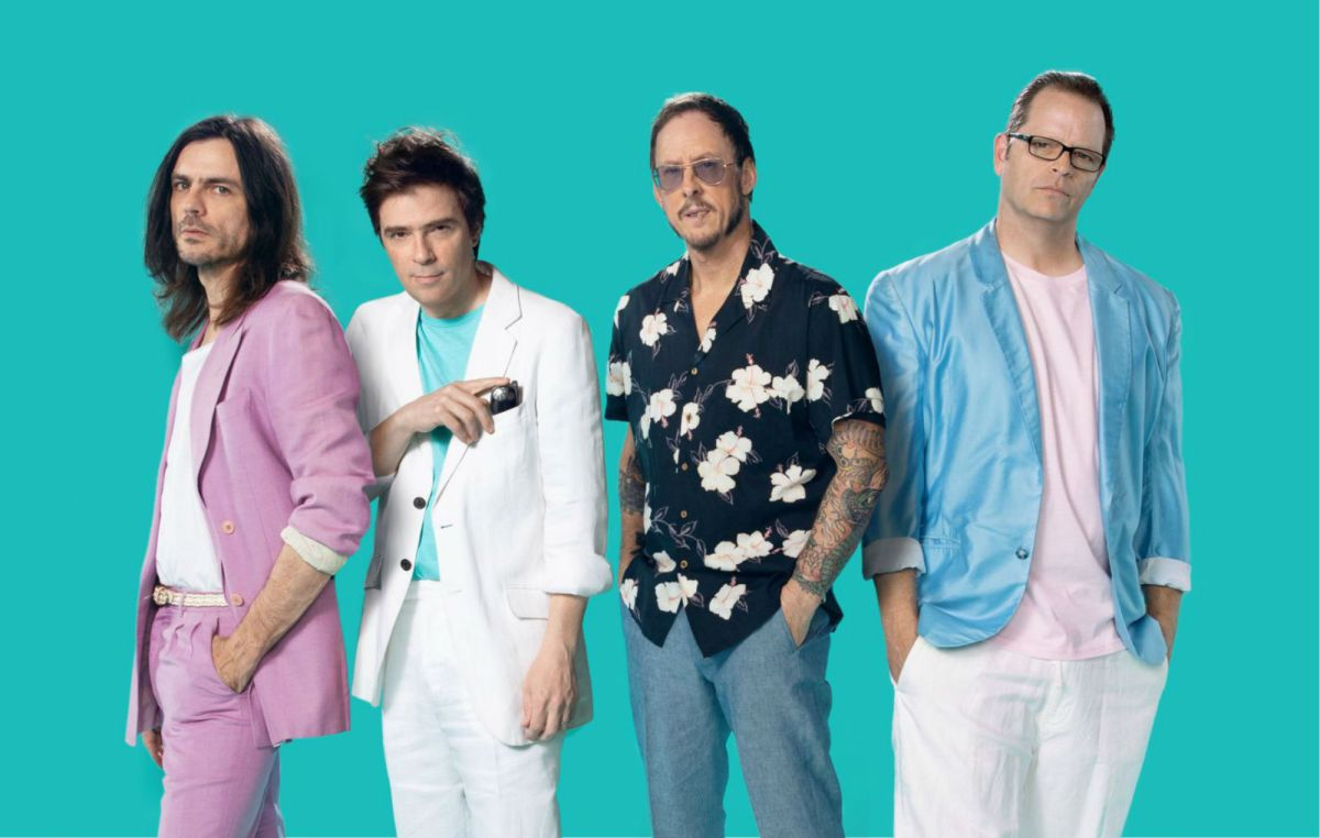 Weezer Surprises Fans With Fun Album of Covers