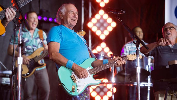 Jimmy Buffett Brings the Beach to Nashville